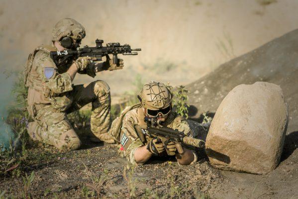 タクティカルトレーニングで安全な銃の取り扱い方を身につけよう